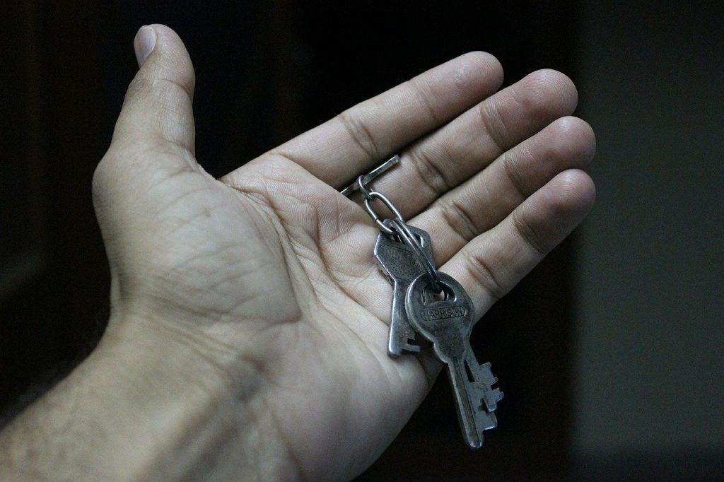 keys, hand, open